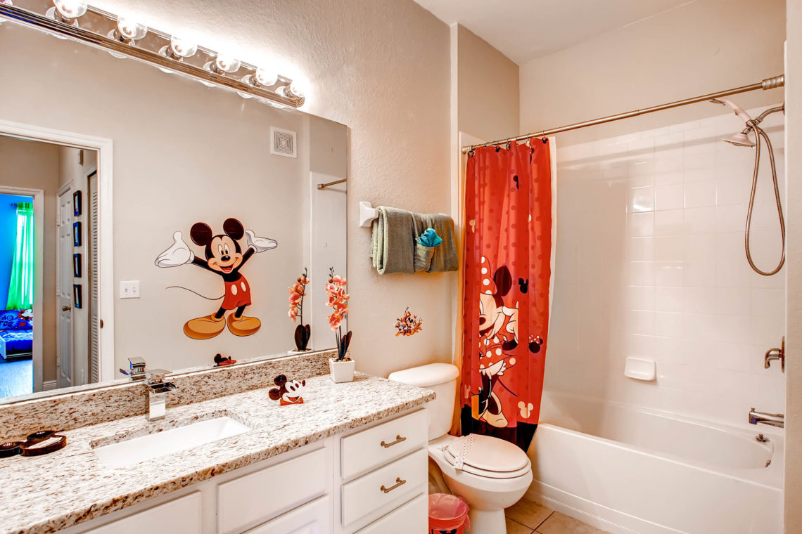 Disney Themed Bathroom - Disney themed bath